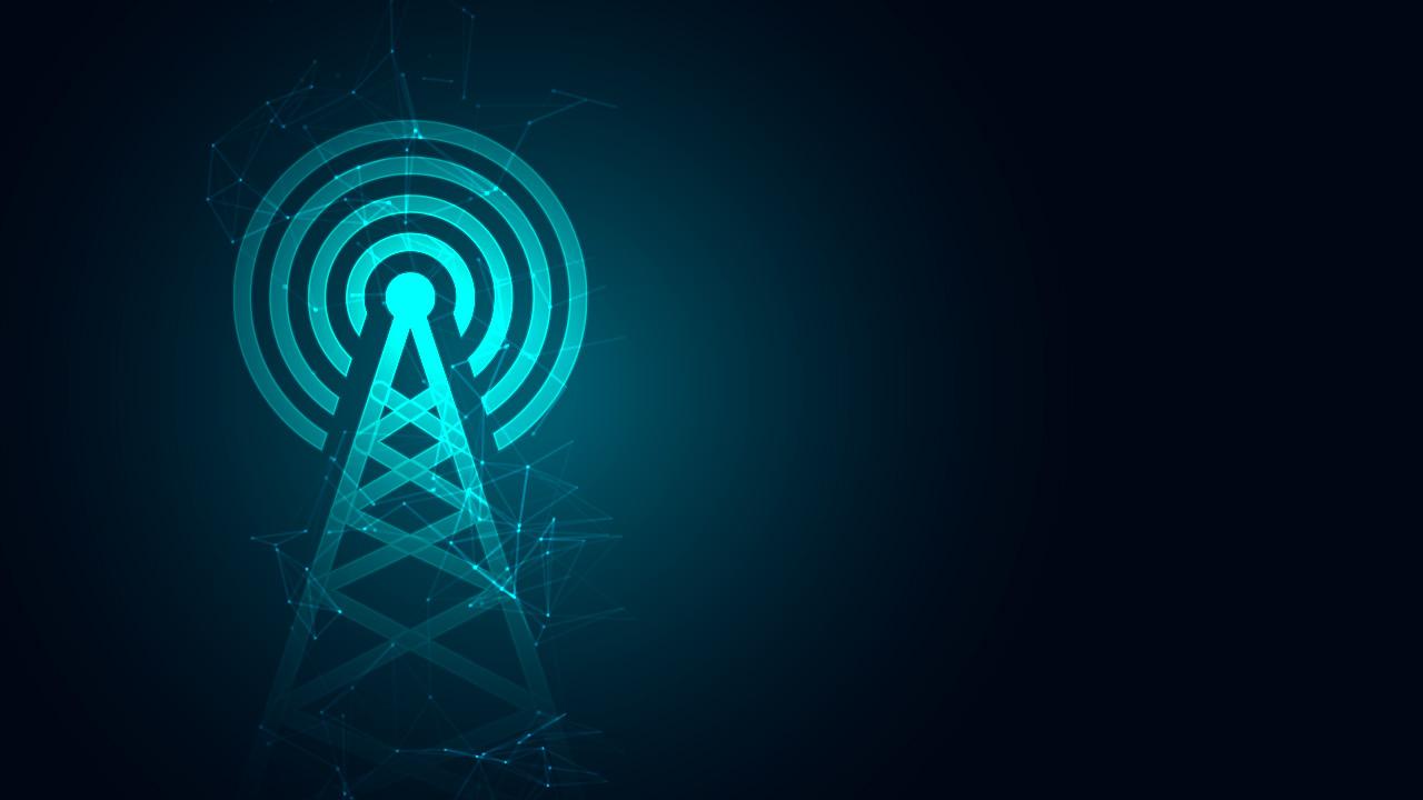 Quais as diferenças entre internet fibra ótica e via rádio? Descubra qual a melhor para sua casa